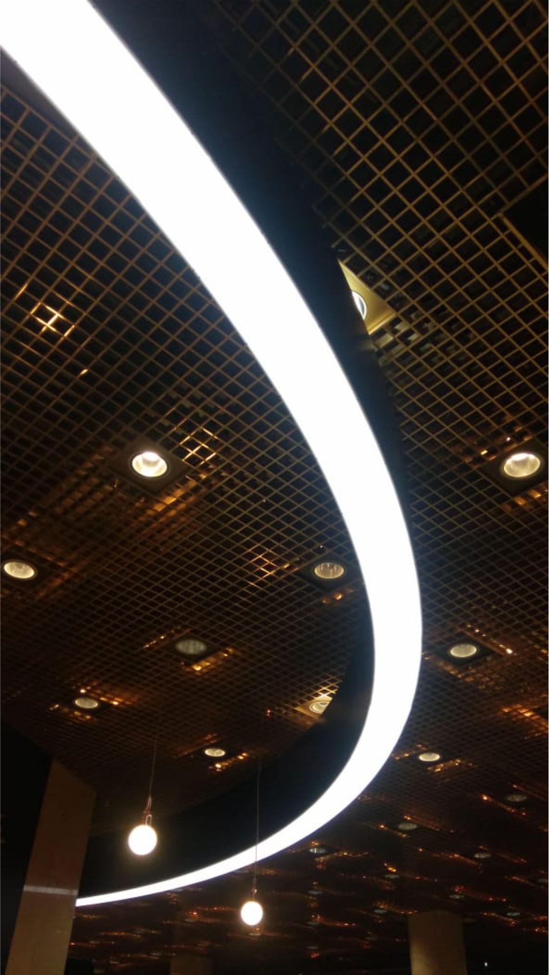 Процесс установки светового короба